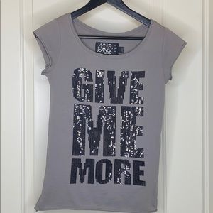 """MNG Jeans """"Give Me More"""" t-shirt"""